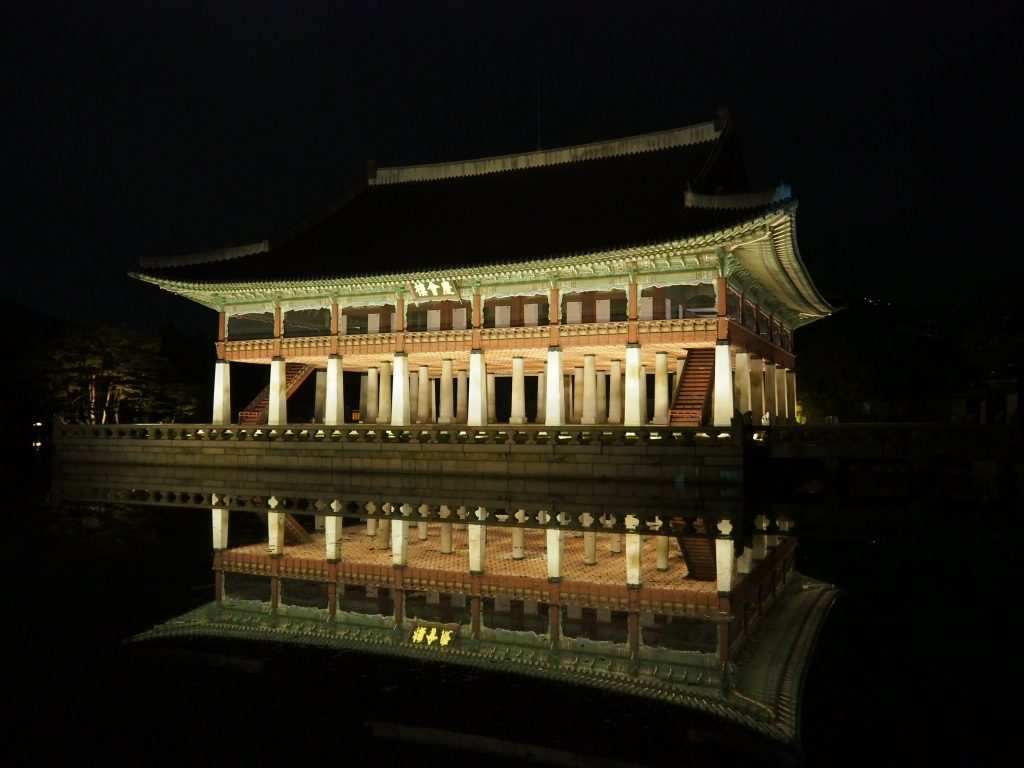 5-10月は夜間特別観覧もオススメ!/景福宮