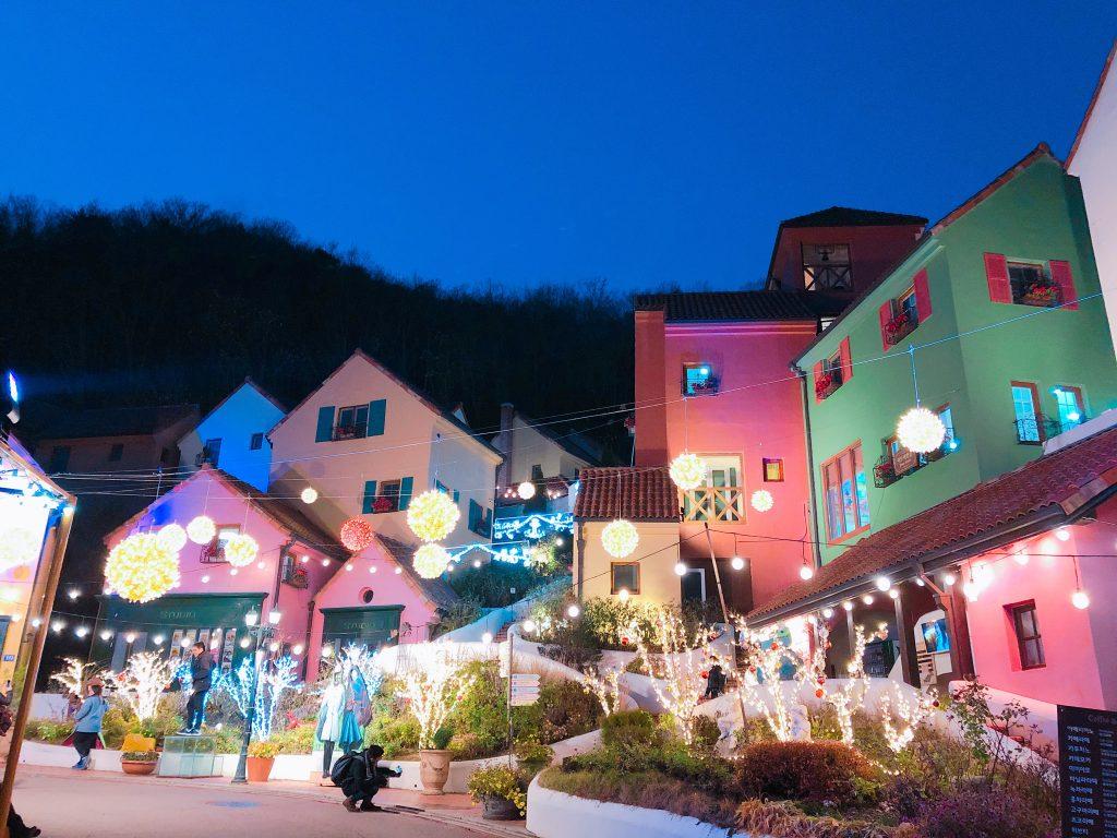 「星から来たあなた」ロケ地!カラフルで可愛いテーマパーク/プチフランス