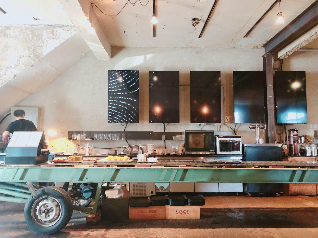 【合井】工場をリノベーションしたカフェ/Anthracite COFFEE ROASTERS 合井店