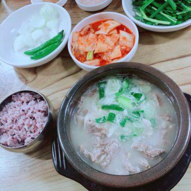 【弘大】お肉たっぷりのデジクッパ/월강돼지국밥